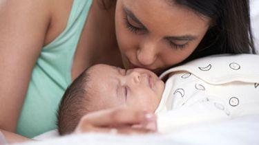 breastfeeding while mum or baby are sick medela