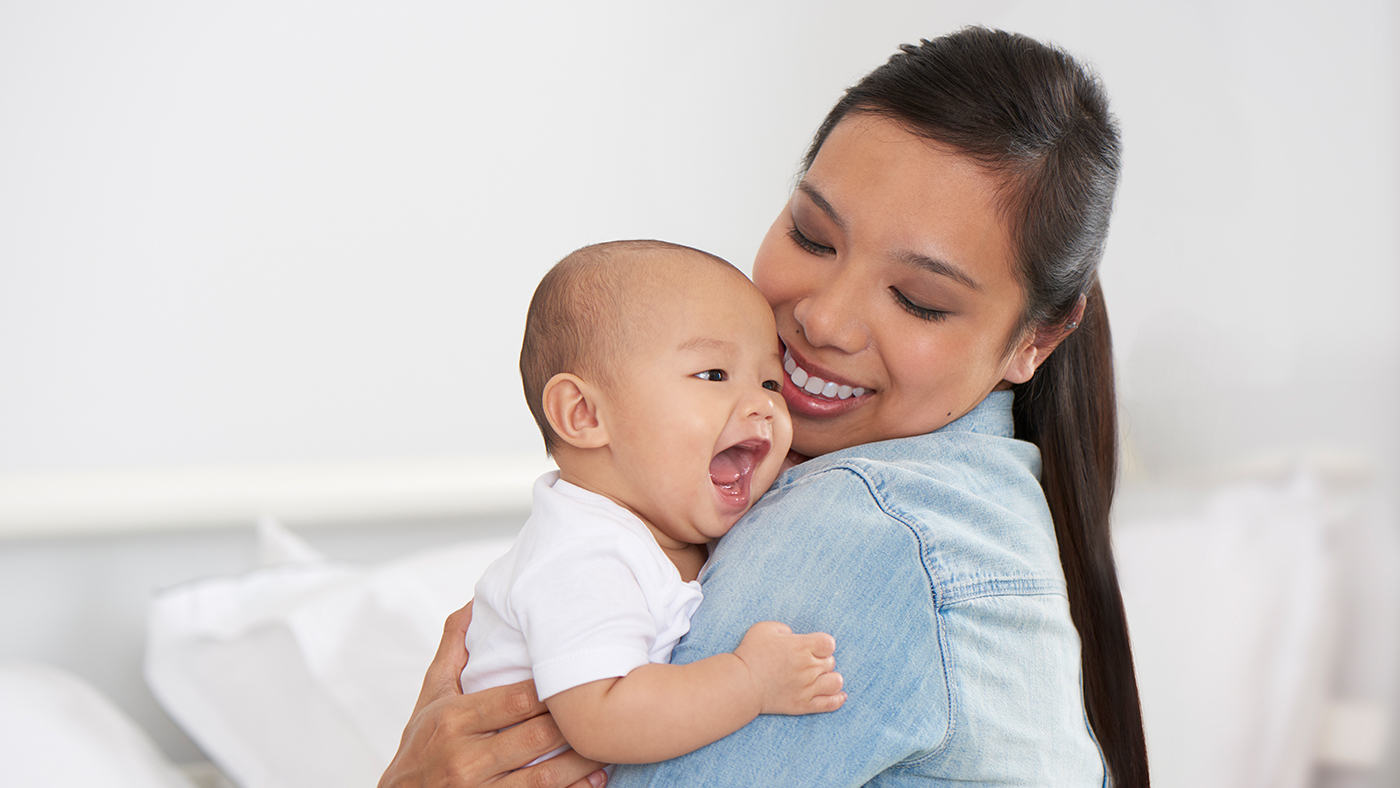 The benefits of breastfeeding for your baby   Medela